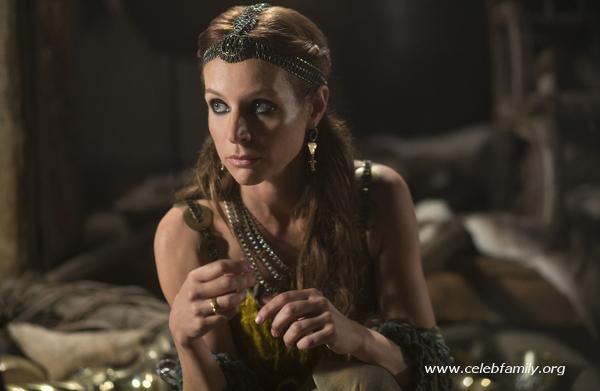 Jessalyn Gilsig in vikings