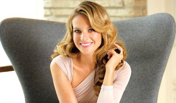 Jessalyn Gilsig Family – TV Actress