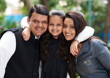 Devendra Fadnavis Wife